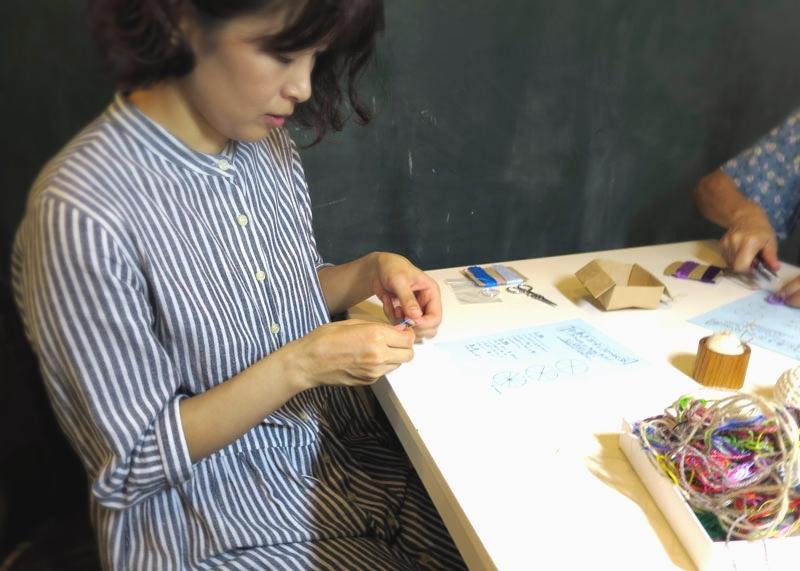 画像:糸巻きボタン/ドーセットボタン教室 ワークショップ