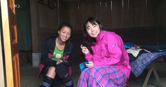 画像: 黒モン族 刺繍体験